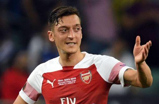 Raubüberfall – Motorradfahrer sollen Mesut Özil bedroht haben