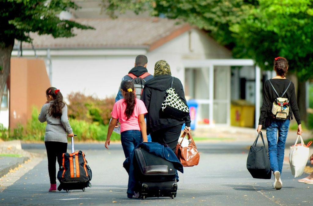 Die Zahl der ankommenden Flüchtlinge ist im vergangenen Jahr auch in Stuttgart erneut zurückgegangen. Foto: dpa/Swen Pförtner