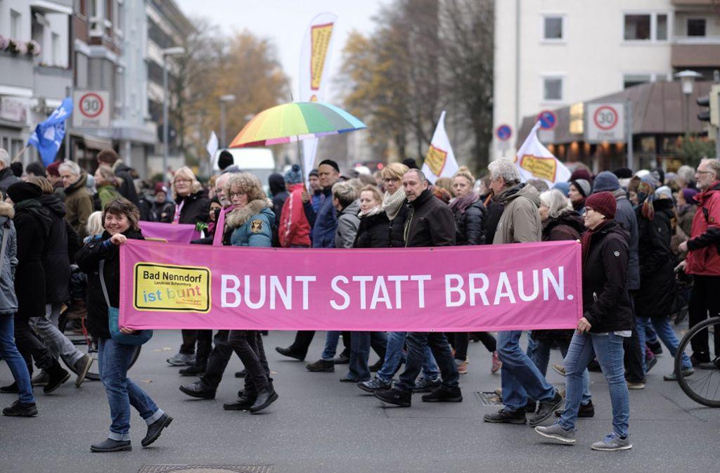Die Demonstrationen in Hannover verliefen nach Polizeiangaben bis zum Abschluss weitgehend friedlich. Foto: dpa/Ole Spata