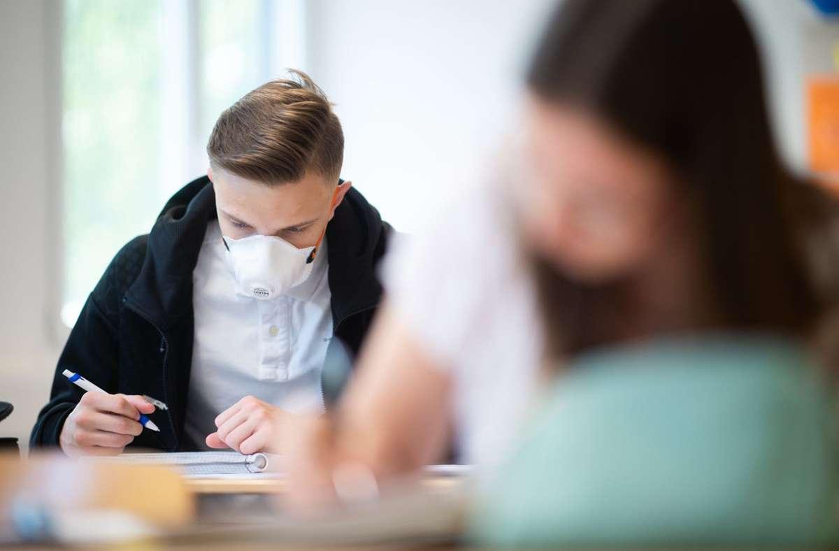 Das Coronavirus bringt auch den Unterricht an Schulen aus dem Takt. Foto: dpa/Jonas Güttler