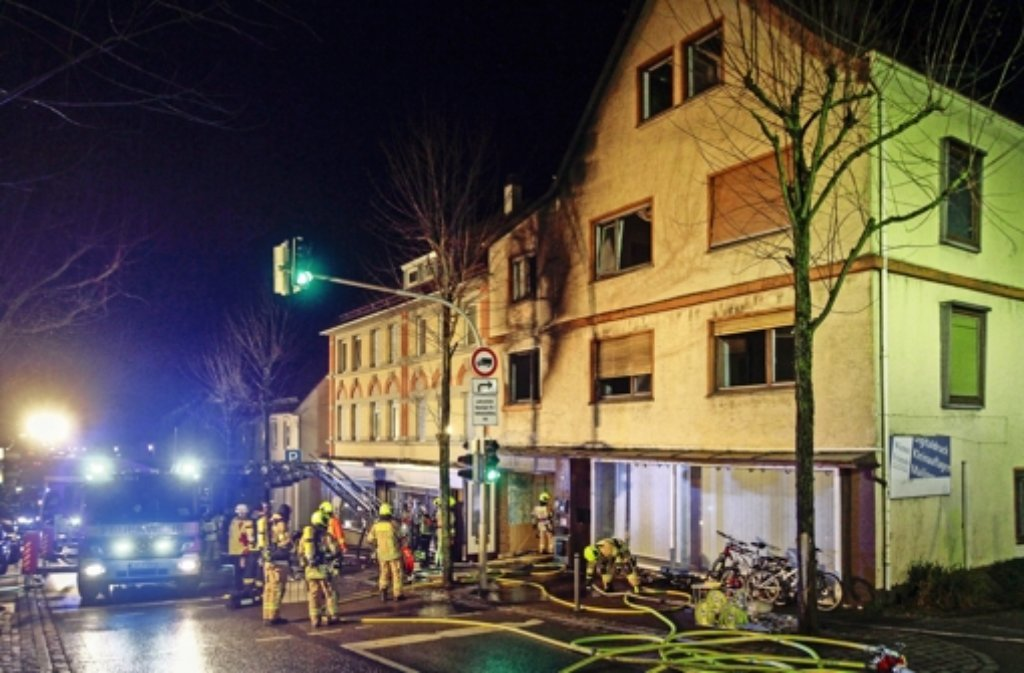 In der Pforzheimer Straße  29  in Rutesheim hat es erneut gebrannt. Foto: factum/Bach Foto: