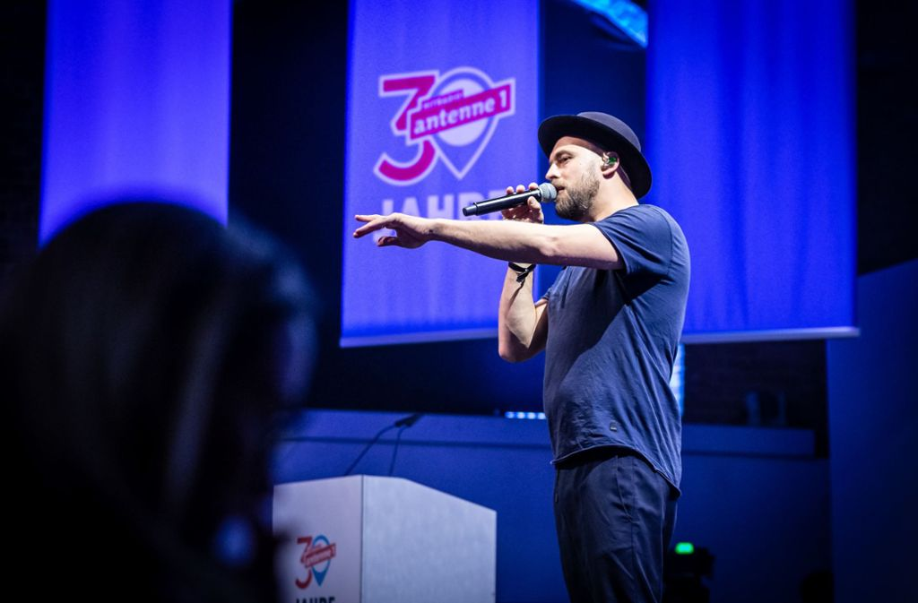 Als Gaststar nahm der Sänger Max Mutzke an der Antenne 1-Party teil. Foto: Lichtgut