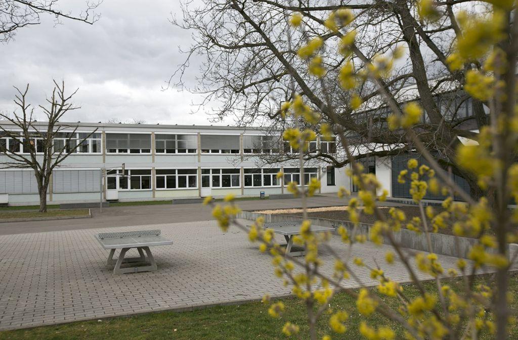 Die Adalbert-Stifter-Werkrealschule läuft aus, unklar ist, ob eine Realschule oder eine Gemeinschaftsschule dort errichtet wird. Foto: Horst Rudel