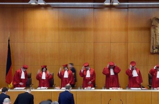Verfassungsgericht pocht auf mehr Beweise