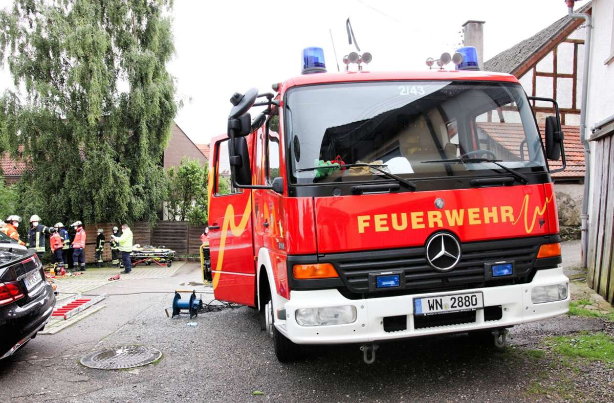 Die Feuerwehr musste die vier Insassen aus dem Unfallauto bergen. Foto: 7aktuell.de/Kevin Lermer/7aktuell.de | Kevin Lermer
