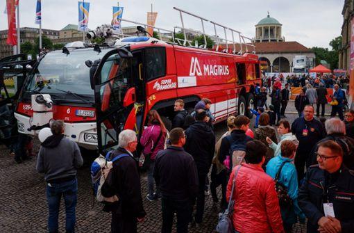 Tausende beim Feuerwehr-Aktionstag auf dem Schlossplatz
