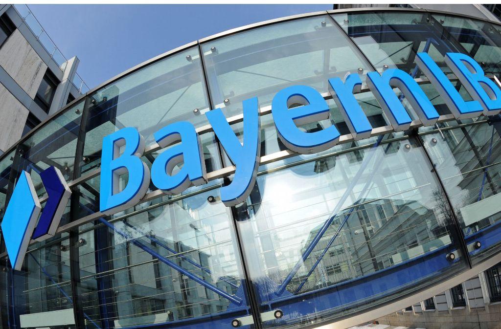 Vom Stigma einer Beihilfebank ist die BayernLB, die in der Finanzkrise kräftig ins Schlingern geraten ist, demnächst befreit Foto: dpa