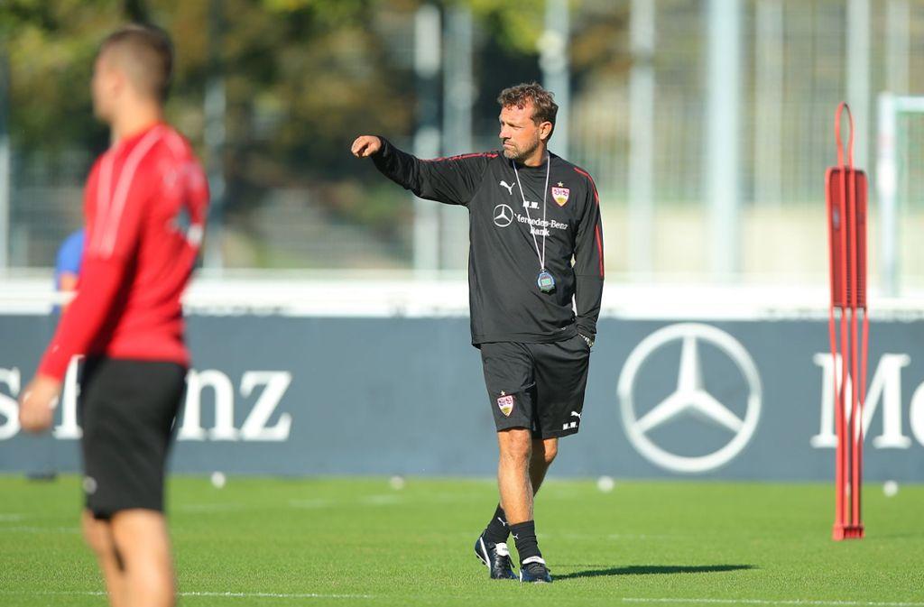Markus Weinzierl hat am Mittwoch das erste Mal den VfB Stuttgart trainiert. Foto: Bongarts