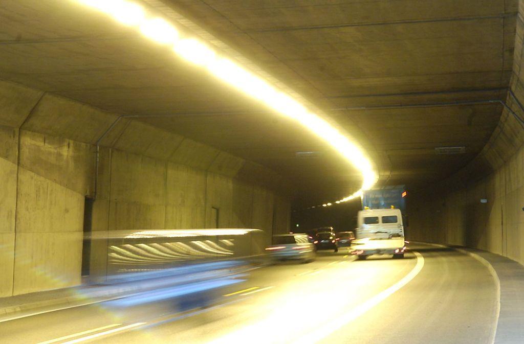 Der Kappelbergtunnel wirkt wie ein Nadelöhr zwischen Rems- und Neckartal. Foto: dpa/dpaweb