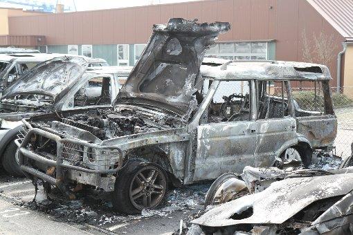 Wieder brennen Autos - nun in Asperg