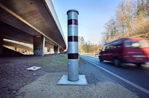 Tunnelraser sollen mit Schwarzlicht ertappt  werden