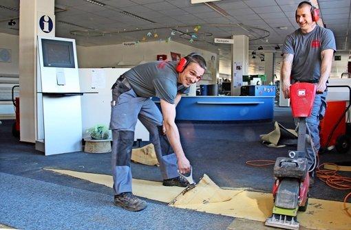 Schmutzwasser legt den Büchereibetrieb teilweise lahm