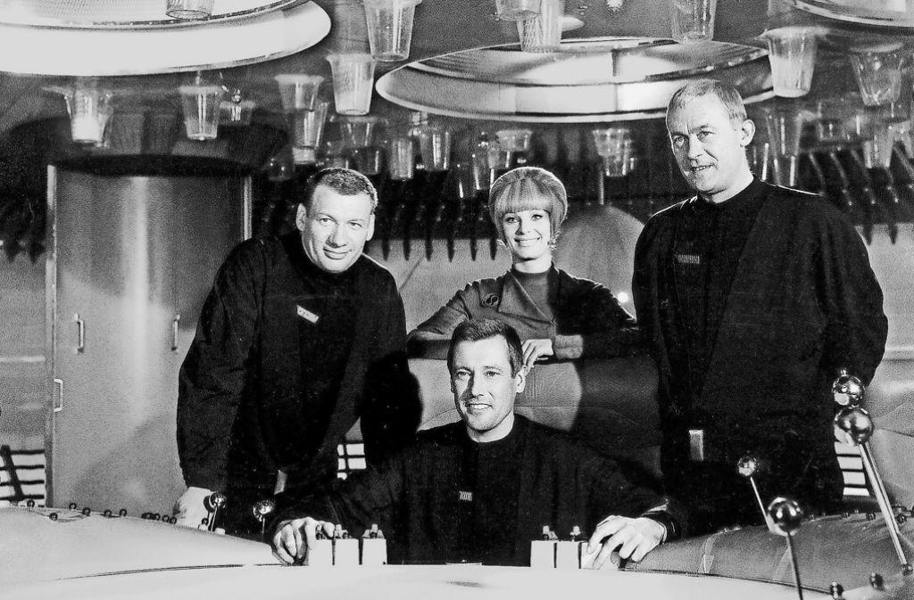 Unterwegs im All: Die Crew der Orion Foto: dpa