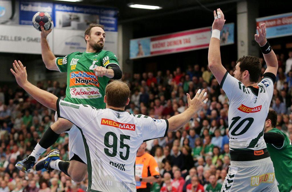 Auf ein Neues: Die Göppinger Handballer um Tim Kneule starten in die Europapokalsaison. Foto: Baumann