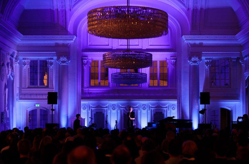 Im Rahmen des New Fall Festival hat Anna Ternheim im Neuen Schloss musiziert. Möglicherweise wird das Festival kommendes Jahr mit 40000 Euro bezuschusst. Foto: Lichtgut/Verena Ecker
