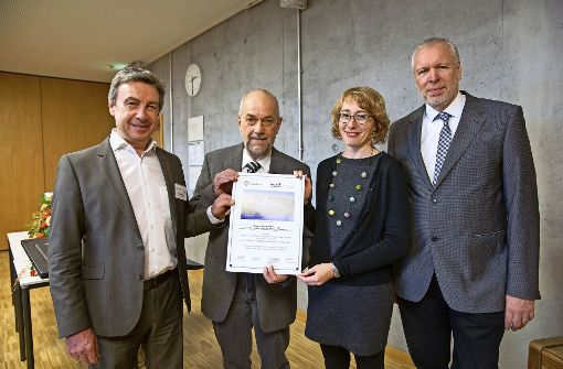 Schulen unterzeichnen Partnerschaft mit Yad Vashem