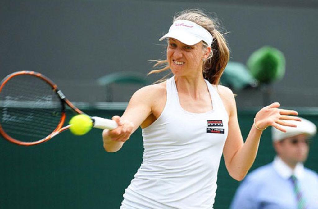 Mona Barthel verlor klar mit 2:6, 0:6 gegen die frühere Wimbledon-Siegerin Petra Kvitova. Foto: dpa