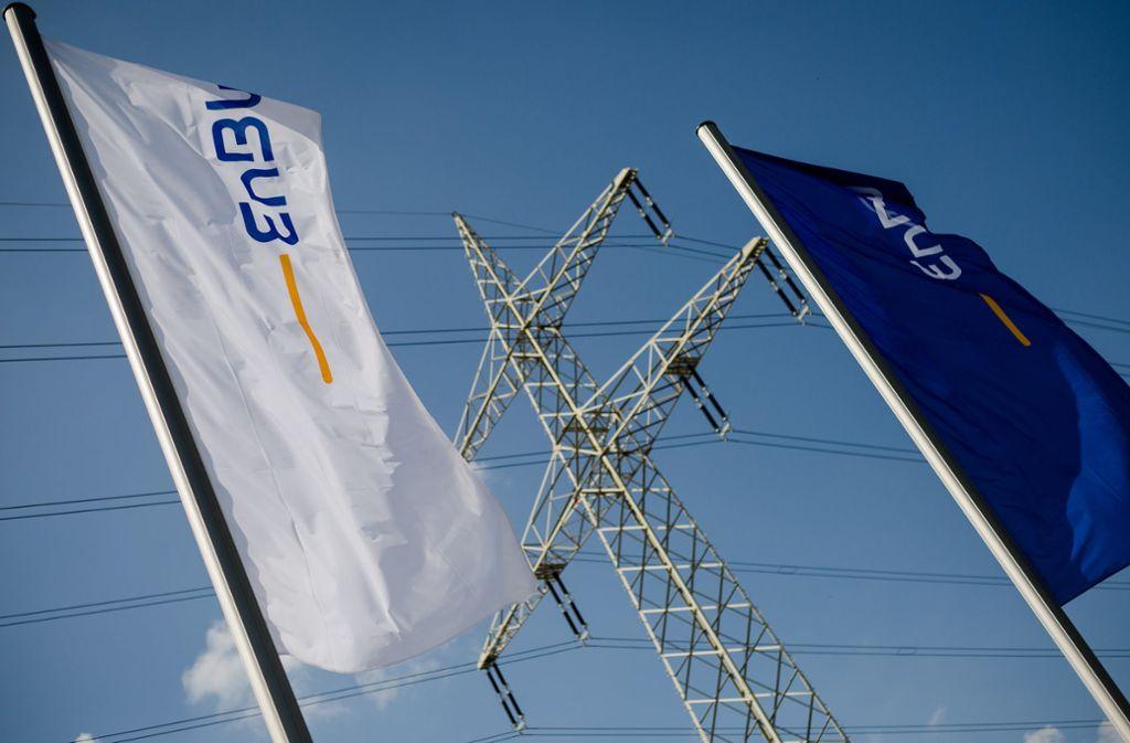 Ein Tochterunternehmen der EnBW will Hochspannungsleitungen auf dem Stadtgebiet Stuttgart nur ungern abgeben. Foto: dpa/Christoph Schmidt