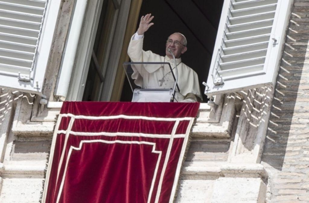 Papst Franziskus bei seiner Sonntagspredigt. Foto: dpa