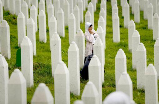 Mehr Gräber als Einwohner in Srebrenica