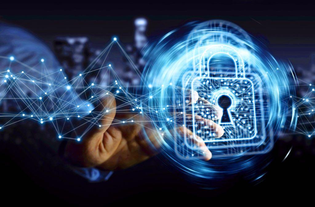Besserer Datenschutz für EU-Bürger: Die neue Datenschutz-Grundverordnung verbessert die Transparenz und den Schutz personenbezogener Daten. Foto: sdecoret/Adobe Stock