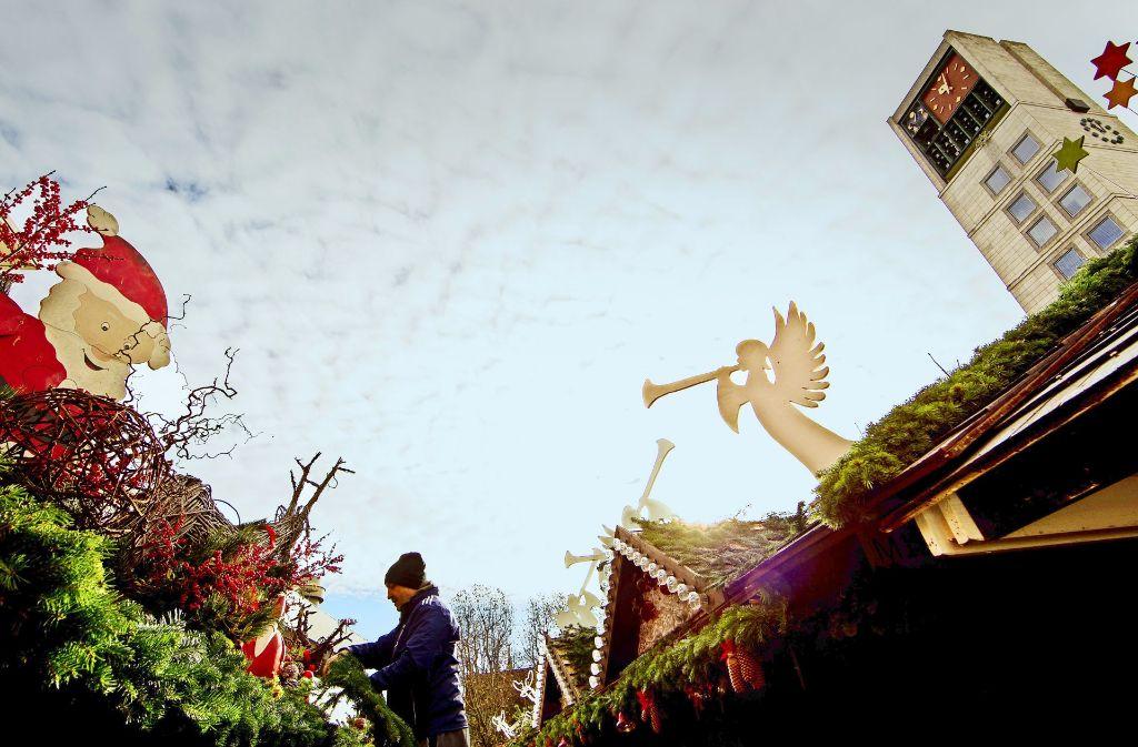 Die Vorbereitungen für den Weihnachtsmarkt laufen – auch bei den Sicherheitskräften. Foto: Lichtgut/Piechowski