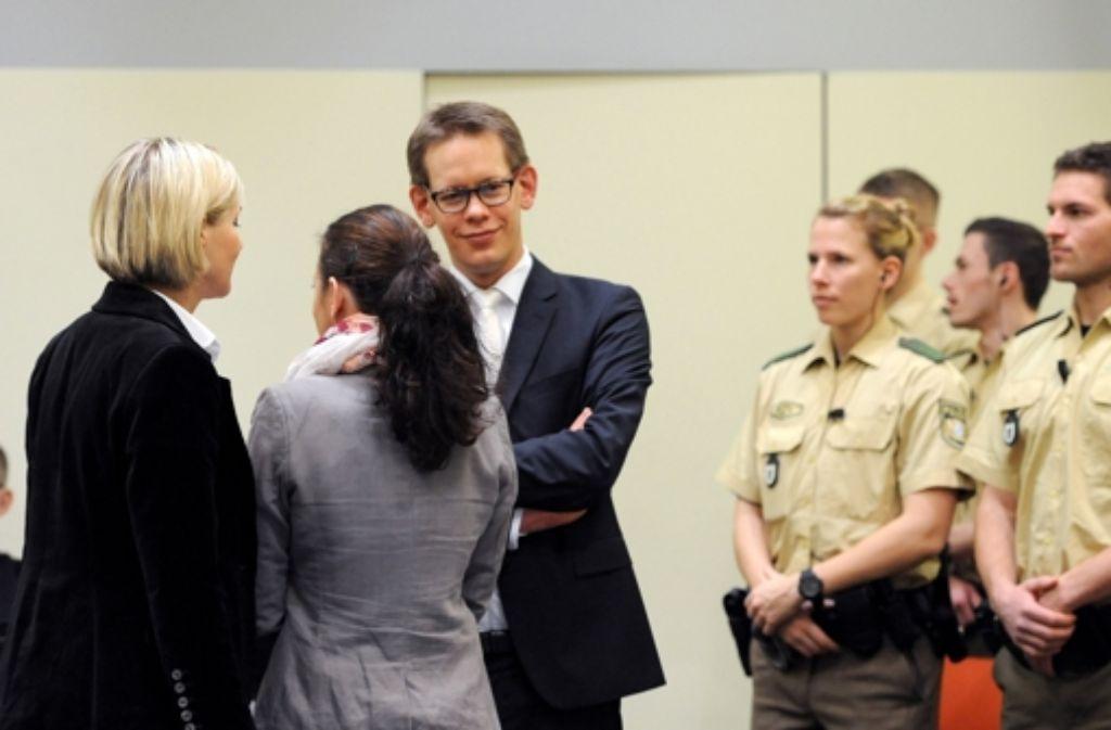 Im NSU-Ausschuss soll ein Anwalt nun die Akten sichten. Foto: dpa
