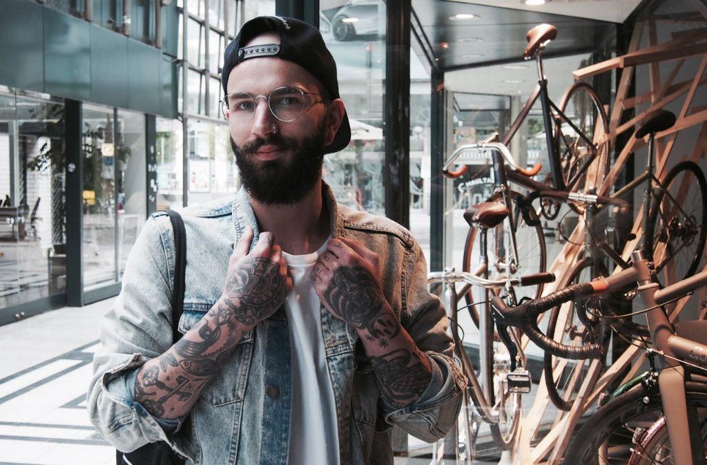 Voll auf Stylecheck eingestellt: Paul Richter aus Degerloch. Foto: Tanja Simoncev