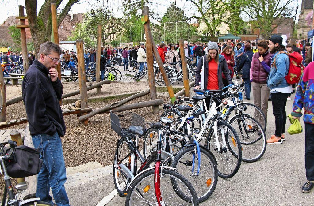 Der Radsportverein Stuttgart-Vaihingen hat bei der Börse 2017 mehr als 1150 Drahtesel verkauft. Foto: Götz Schultheiss