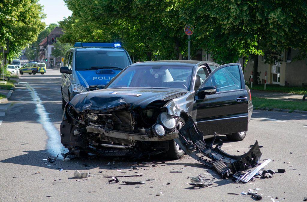 Am Mittwochmorgen hat es in Weilimdorf heftig gekracht. Foto: 7aktuell.de/