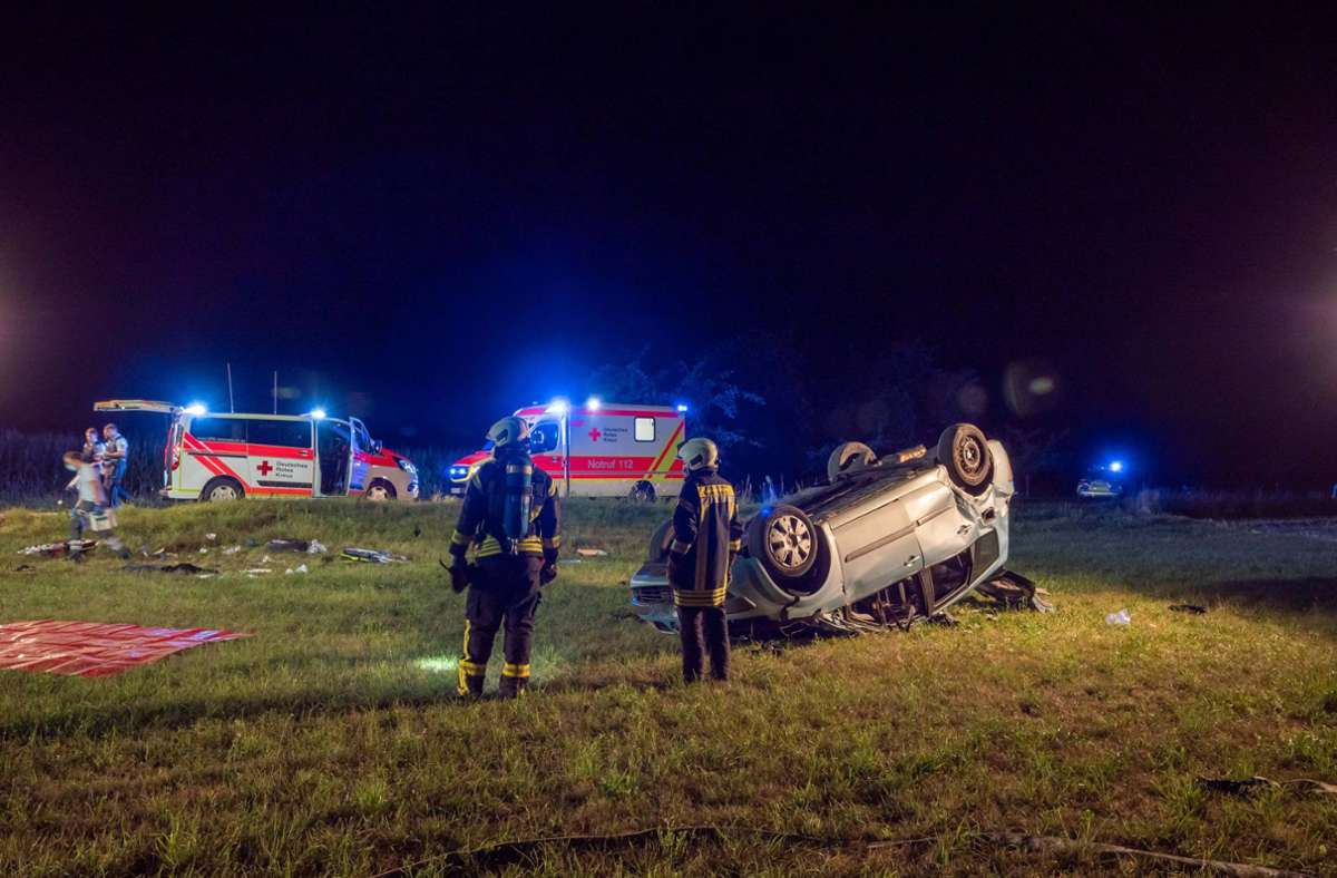 Das Auto hatte sich bei dem Unfall überschlagen. Foto: 7aktuell.de/Alexander Hald/7aktuell.de | Alexander Hald