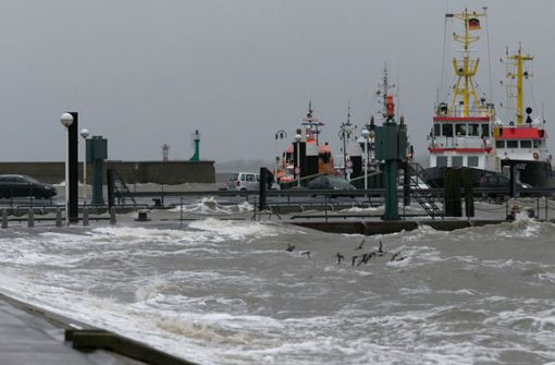 Frachter verliert im Sturm bis zu 270 Container