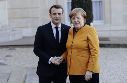 Vogue-Chefredakteurin lobt Merkels Hosenanzüge