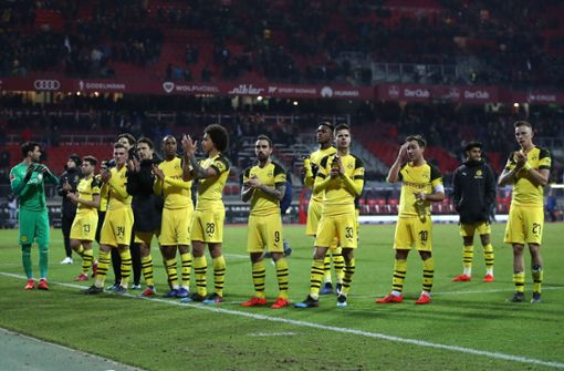 Fans wollen in Eurosport-Kabine eindringen