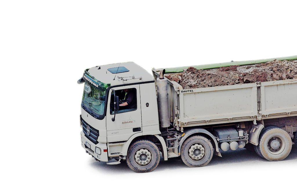 Bis die Laster zur neuen Deponie fahren können, dauert es  Jahre Foto: factum/Weise