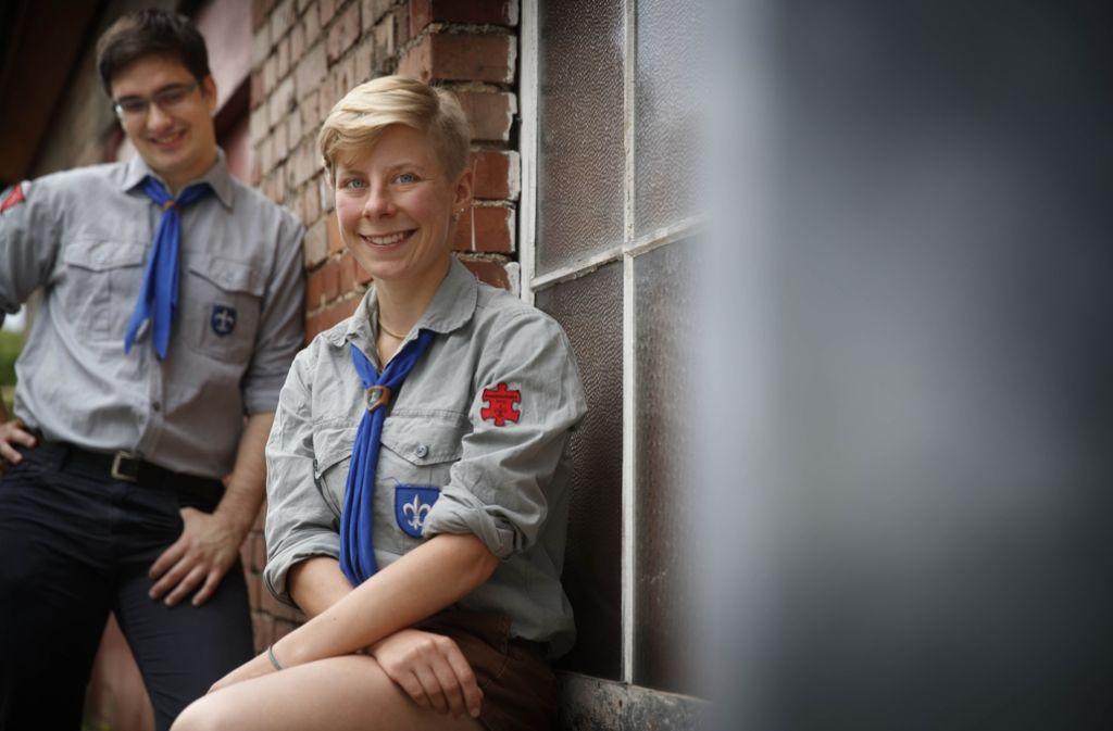 Alexander Neifer (l.) und Ruth Rosenbauer freuen sich auf den ersten Lagertag. Foto: Gottfried Stoppel