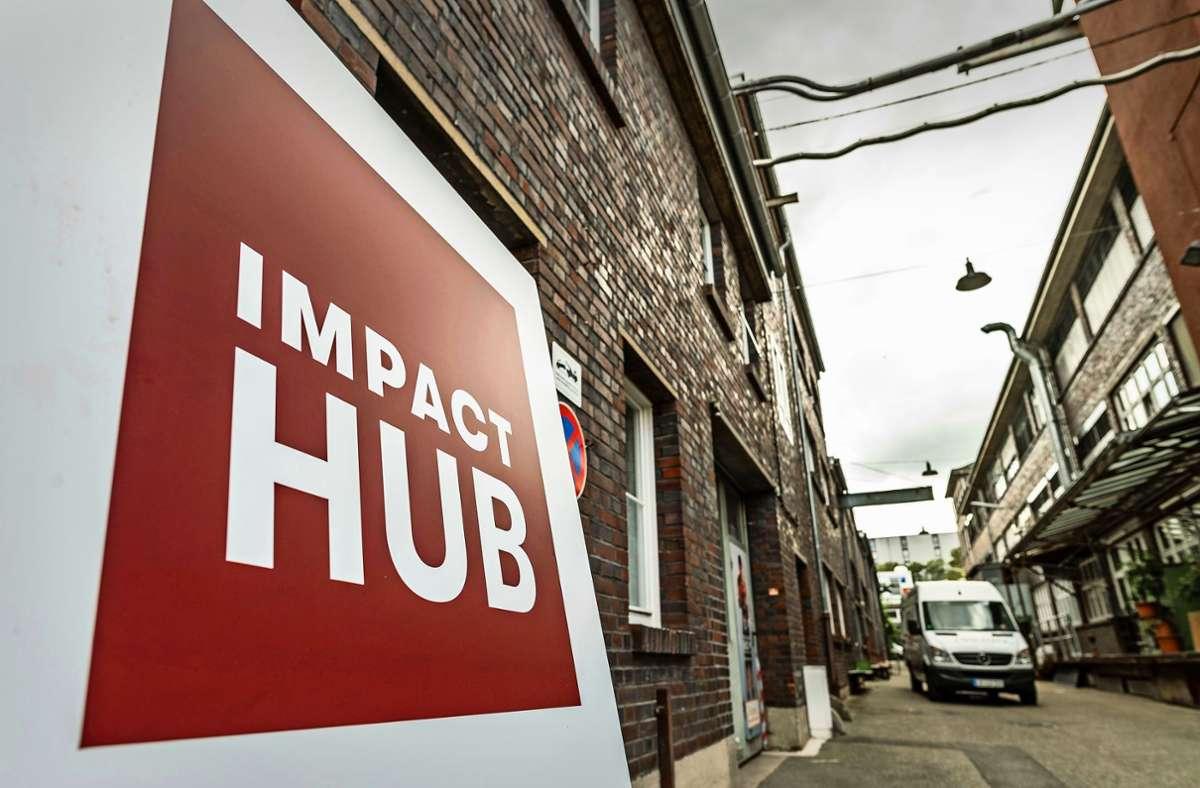 Der Standort des Impact Hub auf  einem  unter Nachhaltigkeitskriterien umgewidmeten alten Industriegelände in Stuttgart ist Programm. Foto: Lichtgut/Leif Piechowski