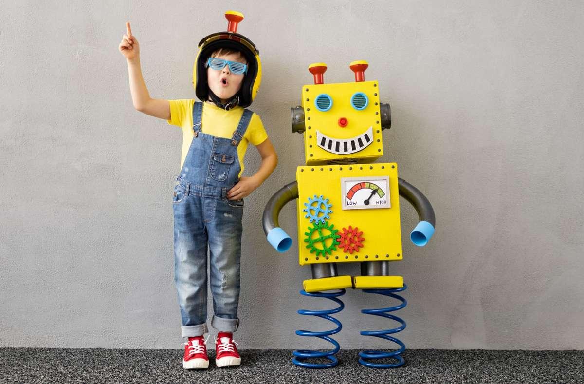 Künstliche Intelligenz bietet schon für Kinder Chancen – doch gibt es Gefahren. Denn KI entscheidet immer häufiger mit. Foto: stock.adobe.com/Igor Yaruta