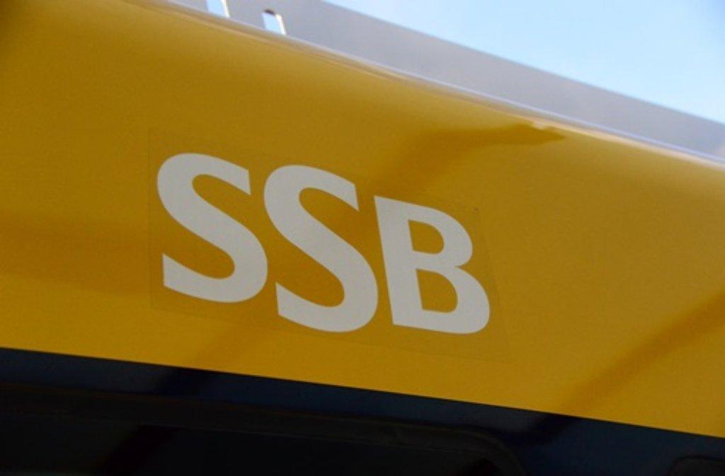 Beim Abbiegen hat eine Autofahrerin eine Stadtbahn der Linie U15 übersehen. (Symbolfoto) Foto: FRIEBE|PR/ Sven Friebe