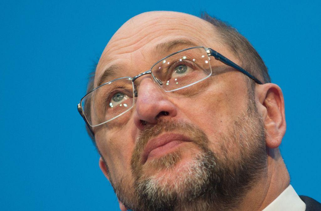 Späte Einsicht: Martin Schulz tritt von der SPD-Bühne ab. Foto: dpa