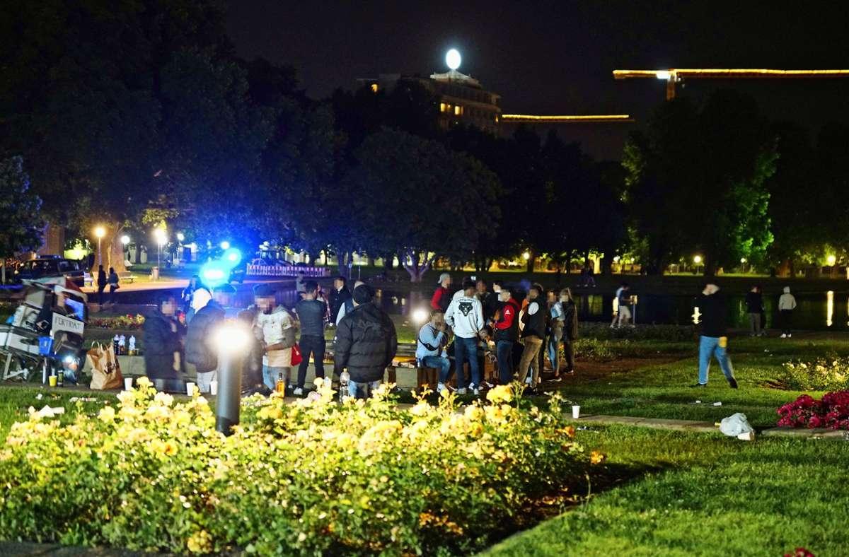 Nach den Ausschreitungen sitzen nun 14 Tatverdächtige in Haft. Foto: SDMG