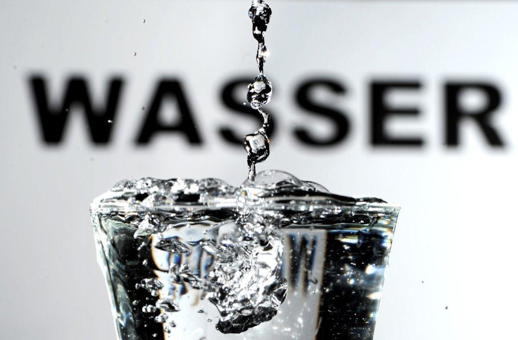 Vorerst kein Wasser im Stadtteil Silberberg trinken. Alle Leitungen sollten durchgespült werden. Foto: dpa