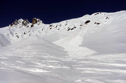 Fünf Schneeschuhwanderer kommen bei Lawinenabgang ums Leben
