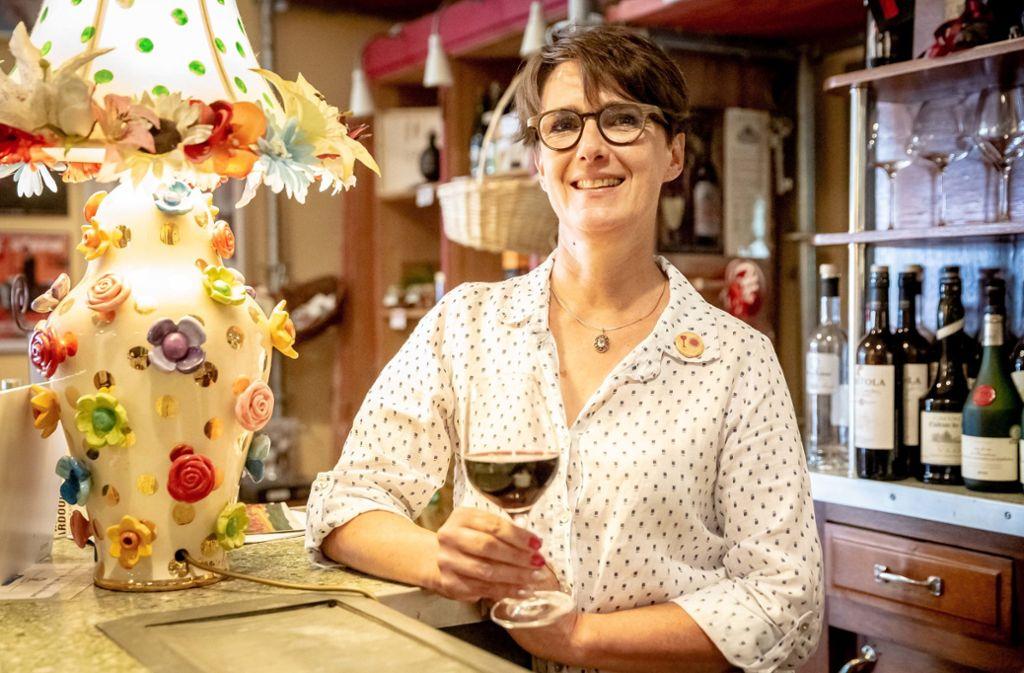 Seit 2007 arbeitet Rhena Köhler als Weinberaterin. Foto: Lichtgut/Julian Rettig