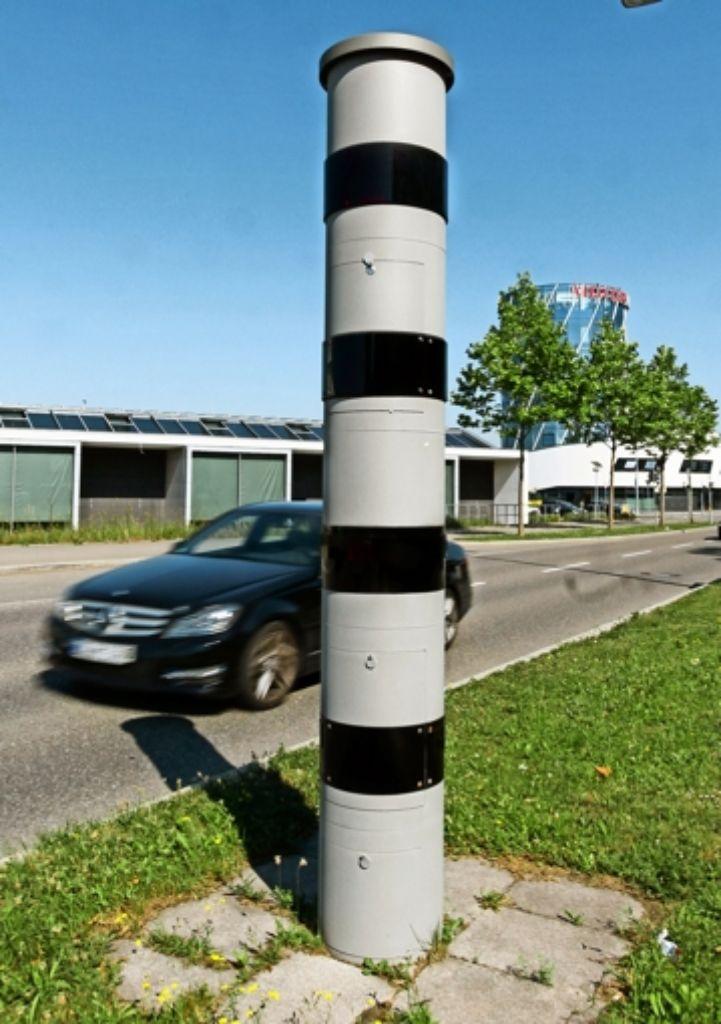 Bald auch in Sindelfingen: der Säulenblitzer bei Böblingens Motorworld Foto: factum/Granville