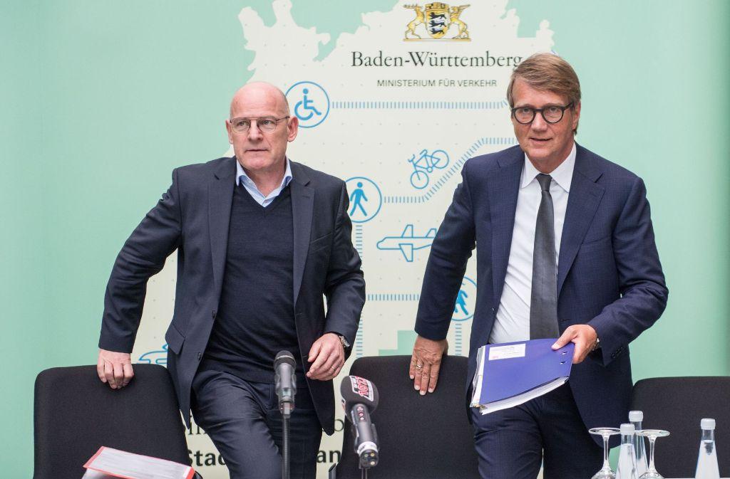 Schon Ende April beim Lenkungskreis für Stuttgart21 hatten Landesverkehrsminister Winfried Hermann (l.) und Bahninfrastrukturvorstand Ronald Pofalla über die Wendlinger Kurve diskutiert. Foto: dpa