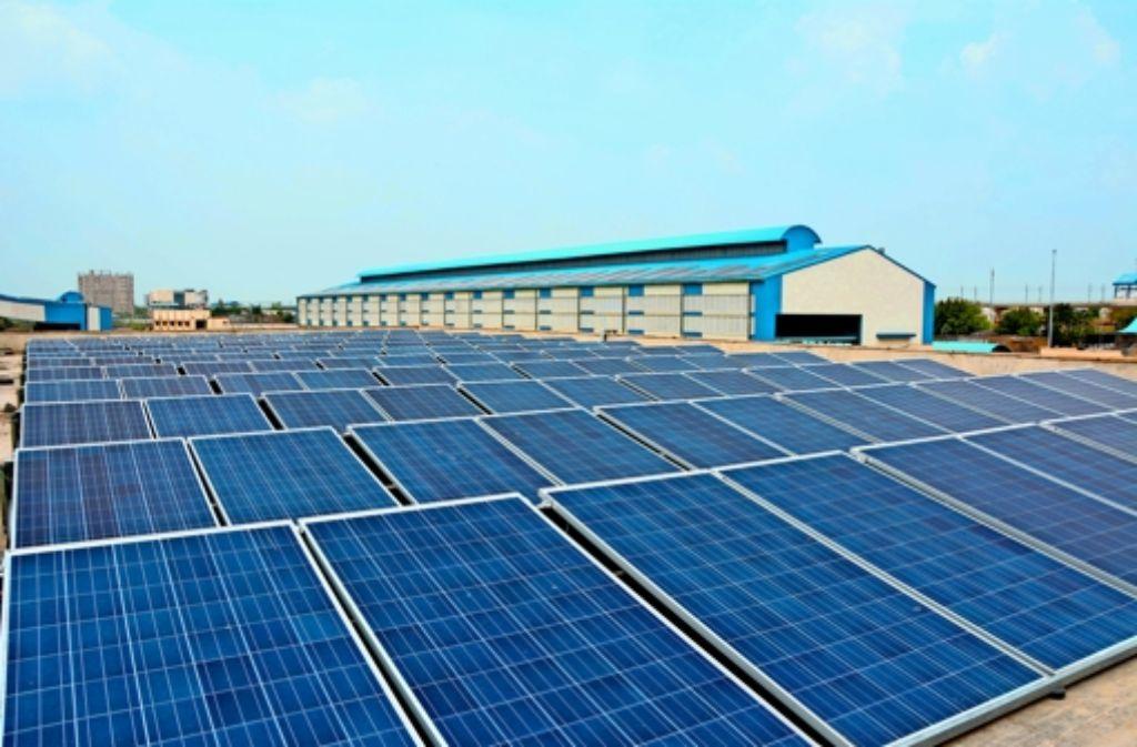 Solarpaneele  in Delhi liefern Strom für die Metro. Foto: DMRC