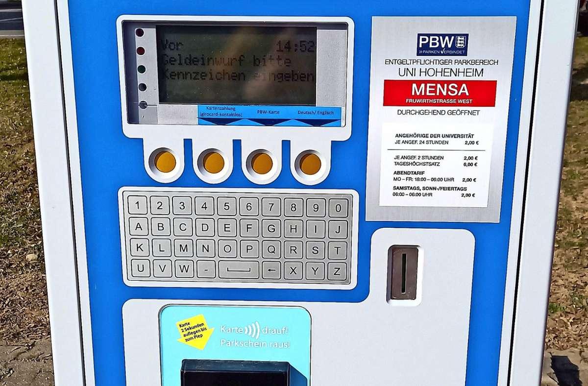 Wie war noch mal das Kennzeichen? Der Automat will's wissen. Foto: Jacqueline Fritsch