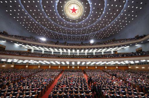 Peking erhöht Verteidigungsausgaben und verschärft den Ton gegen Taiwan