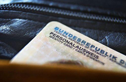 Ämter  überlastet: Was heißt das für Urlauber?
